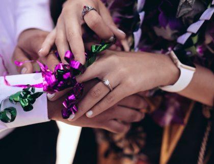 Truques para organizar uma festa de noivado